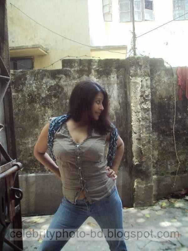 Bangladeshi+TV+Actress+Elora+Gohor+Hot+Photos011