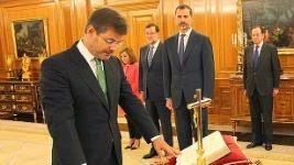 Rafael Catalá, jurando su nuevo cargo. (Casa Real)