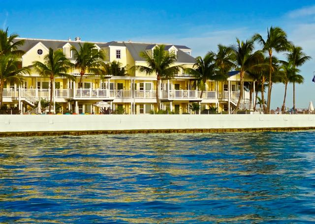Parrot Resort