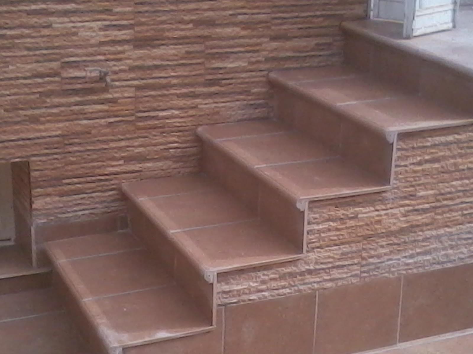 Alicatados y solados escalera de gres porcel nico - Pintura para suelos de gres ...