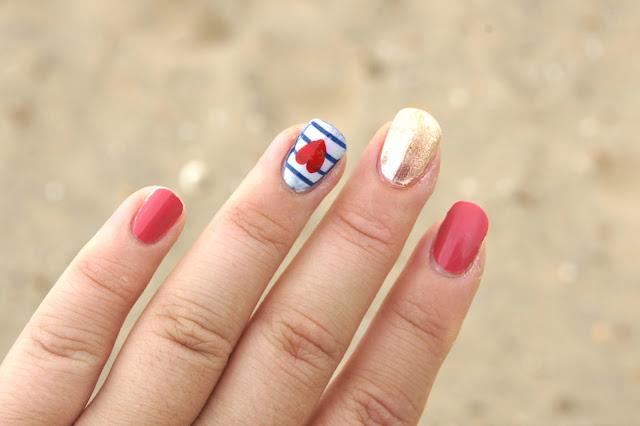 nautical-nails