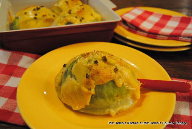 Spicy Baked Cabbage at Miz Helen's Country Cottage