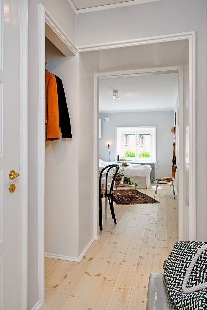 d couvrir l 39 endroit du d cor rangements pour un petit espace. Black Bedroom Furniture Sets. Home Design Ideas