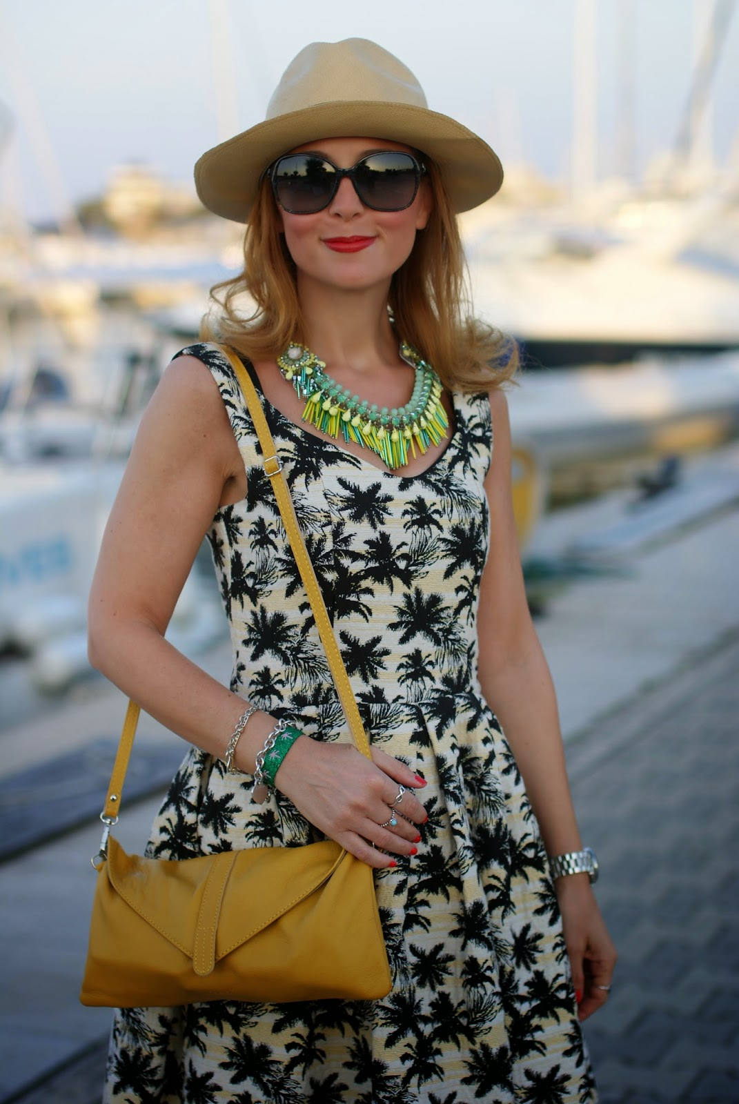 palm print dress, caleidos clutch, Sodini bijoux collana, ecua-andino classic panama hat, Fashion and Cookies, fashion blogger