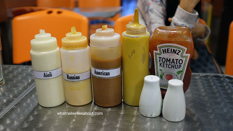 Charlie's Grind & Grill San Juan Metro Manila Burger, Condiments Review