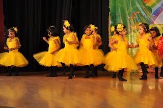 dancing baby girls looks like butterfly