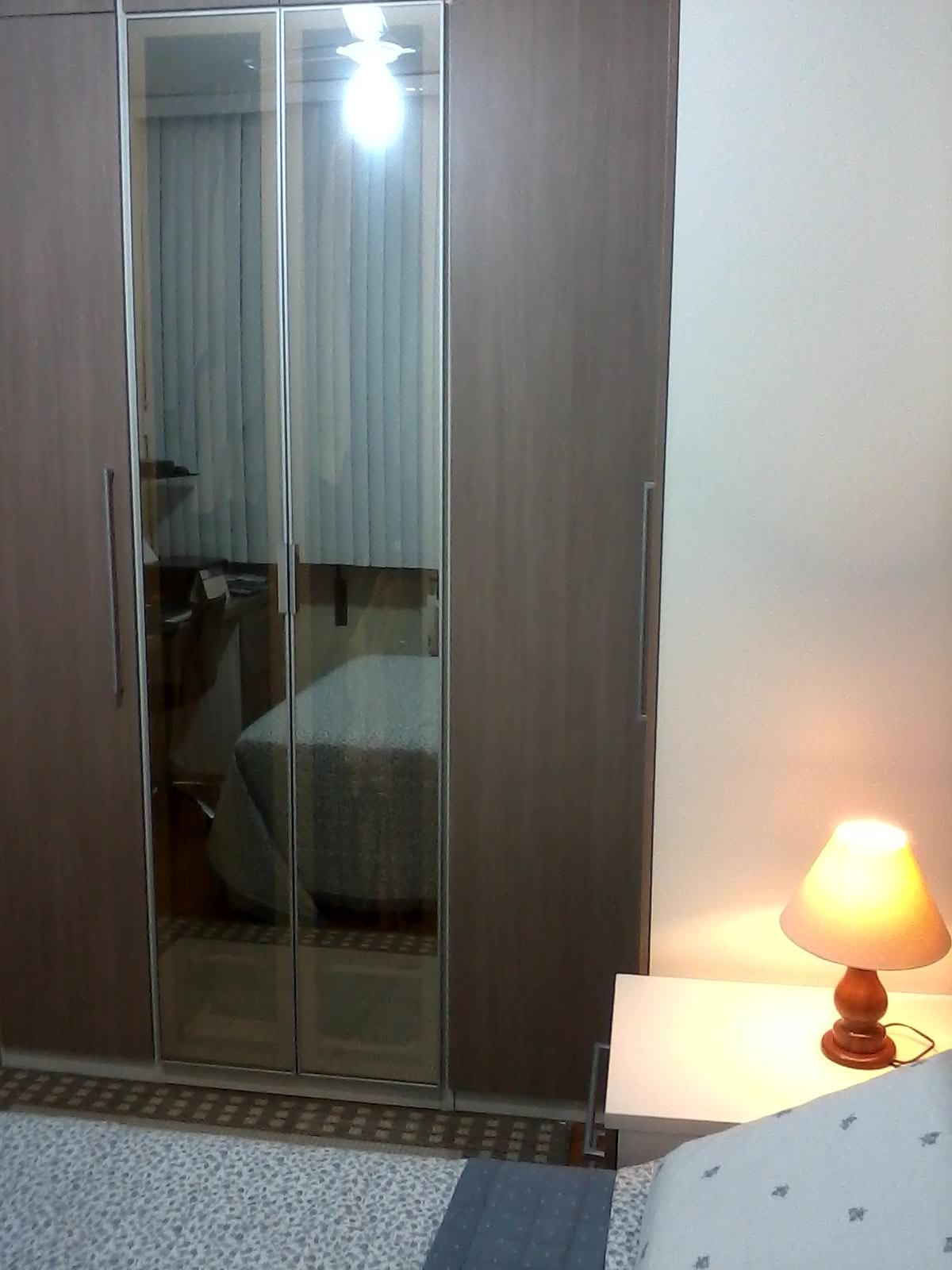 Ambientes & Ideias: Um quarto bonito funcional e aconchegante  #9A6831 1200x1600 Banheiro Bonito E Funcional