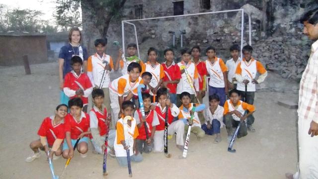 Ein aufbäumen einiger hockeyfans im lande lässt den sport nicht ganz
