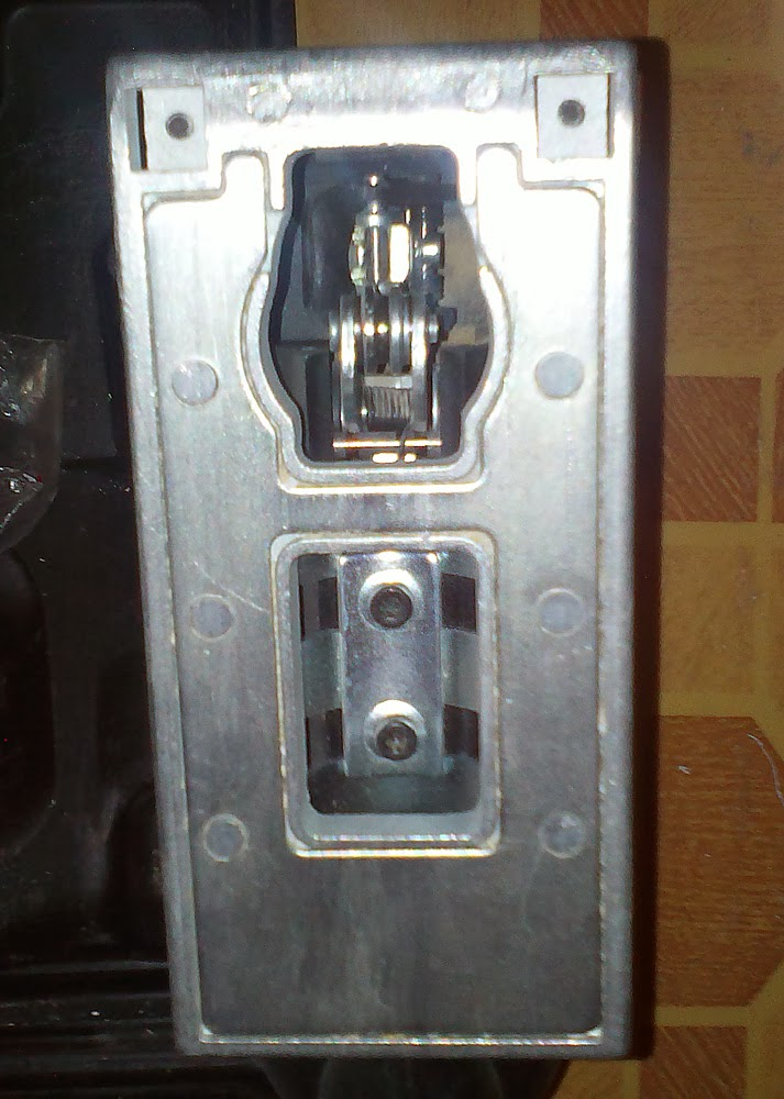 Электролобзик Skil 1061AA Подошва