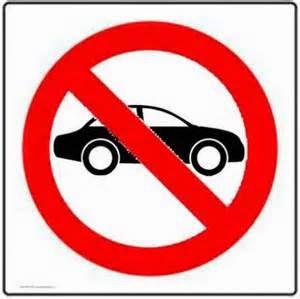 Cara memilih ban mobil tentu tidak boleh sembaragan, terlebih bila Anda memutuskan membeli Ban Bekas. Mungkin ban kendaraan anda telah tampak gundul, ingin menganti namun ada pengeluaran yang lebih penting, Tapi sebaiknya anda tetap menggantinya dengan ban baru. Karena, bila terlambat menganti, malah bisa menjadi resiko pada keselamatan kita saat di jalan. Sering kecelakaan berlangsung lantaran aspek kurang disiplinnya pemilik kendaraan mengecek kelayakan ban.