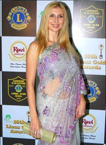 Hollywood Celebrities in Indian Traditional