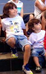 Nossos lindos filhos João e Mateus...