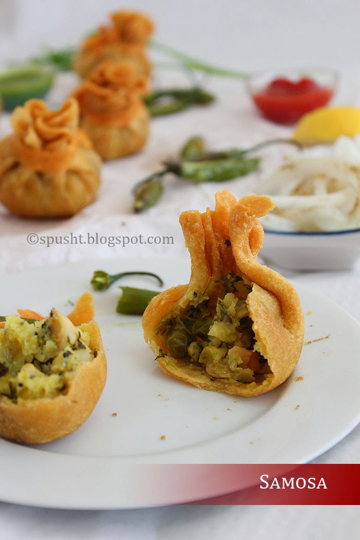 Spusht | Uniquely shaped samosas like small bags
