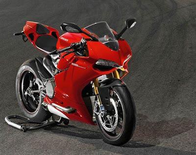Ducati 1199 Panigale 2012: 300kph
