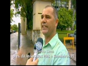 Entrevista do Sgt. Ricardo na frente do 13°BPM