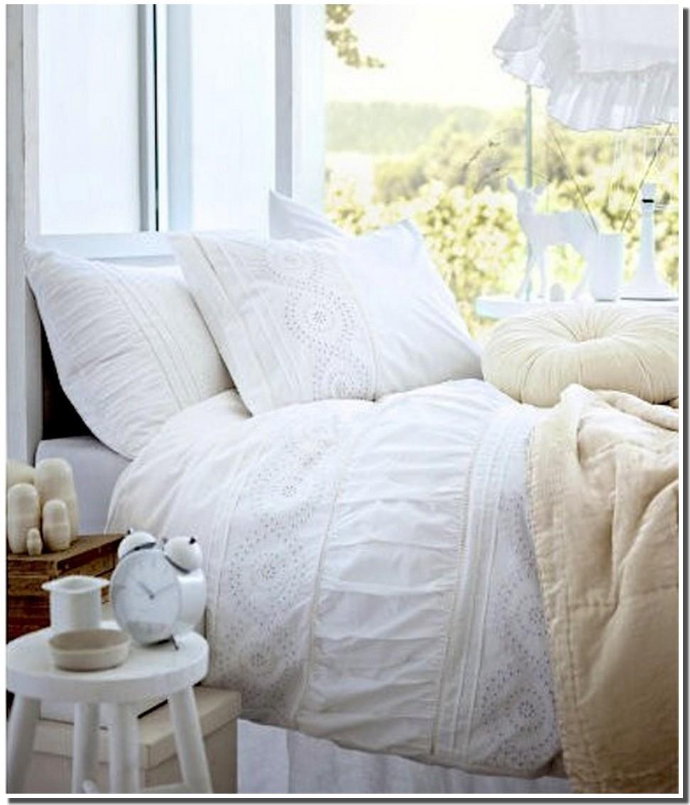nassima home septembre 2012. Black Bedroom Furniture Sets. Home Design Ideas