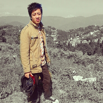 Blogger Nischal Gurung