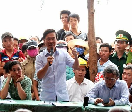 Bí thư Quảng Ngãi 'thấy có lỗi' khi người dân chặn quốc lộ