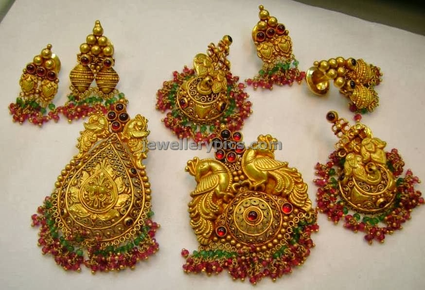 varakrupa jewellers antique locket catalogue