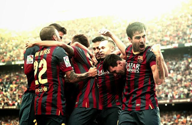 FC Barcelona Player's celebrating Neymar's goal against Real Madrid