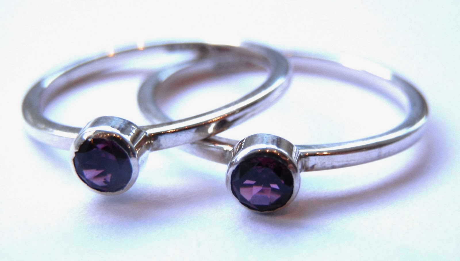 http://www.kirstytaylorjewellery.com/stacking-rings/109-silver-and-amethyst-stacking-ring.html