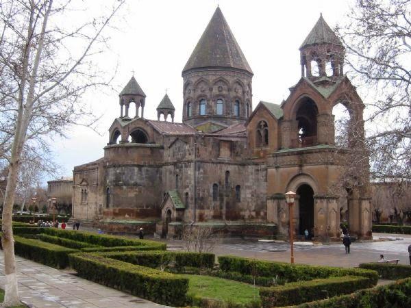 Concorra 1 viagem para a Armênia!