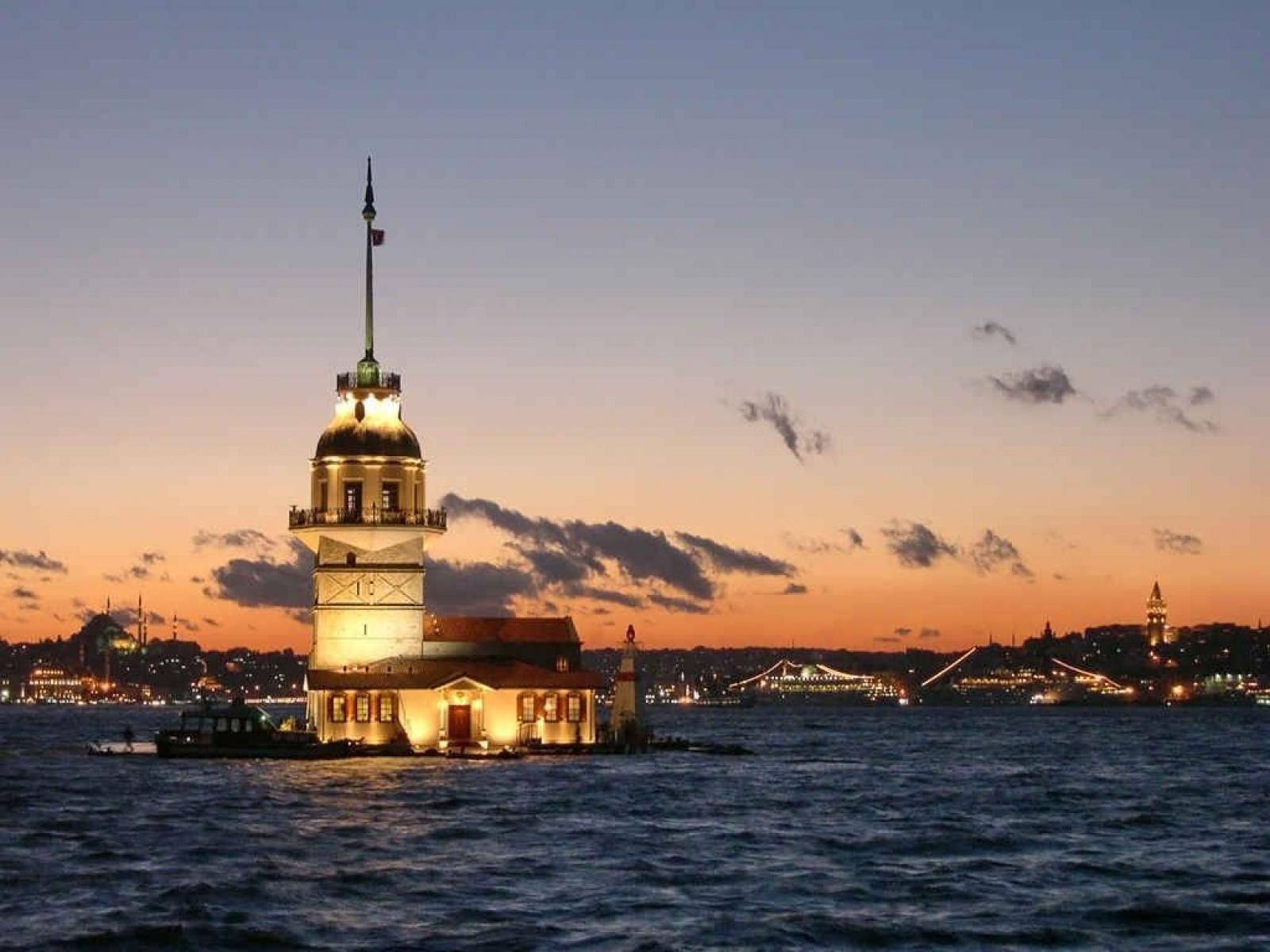 http://3.bp.blogspot.com/-lqP3EN4mvVk/T6VbOb7-isI/AAAAAAAAALE/wRUKBLvAvwU/s1600/ws_Leander_Tower_Istanbul_1600x1200.jpg