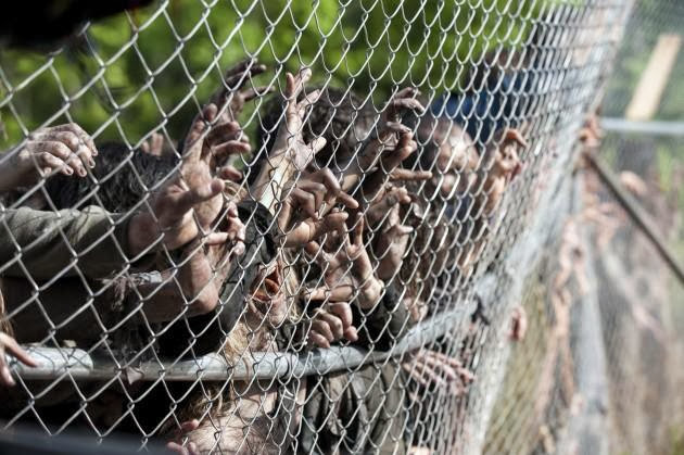 Imágenes del capítulo 4x01 de The Walking Dead - 30 days without accidents
