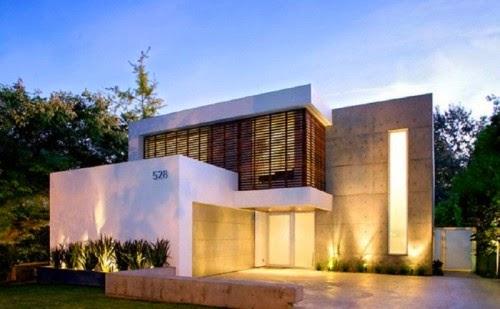 Fasad Lantai 2 Konsep Mewah Dengan Texture Batu Gagah