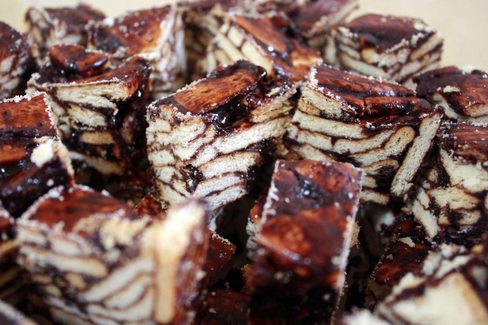 Biskut Batik http://i-can-bake-too.blogspot.com/2011/10/biskut-batik