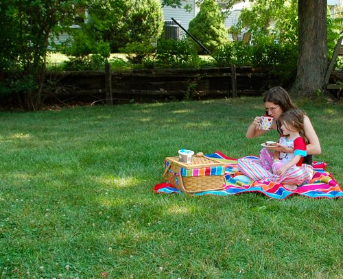 Having a breakfast picnic is a great way to connect!