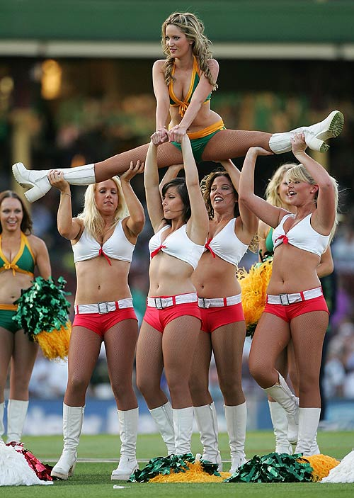 Cheerleaders Images