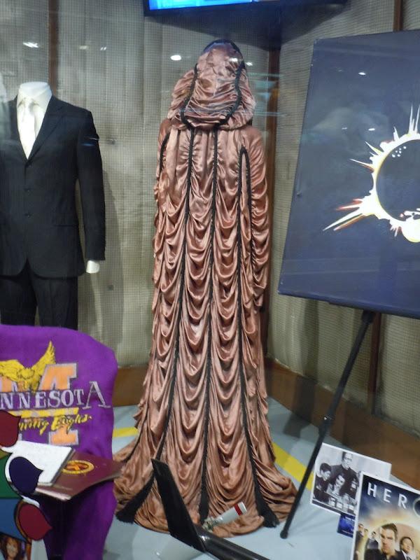 Yvonne De Carlo Lily Munster cloak