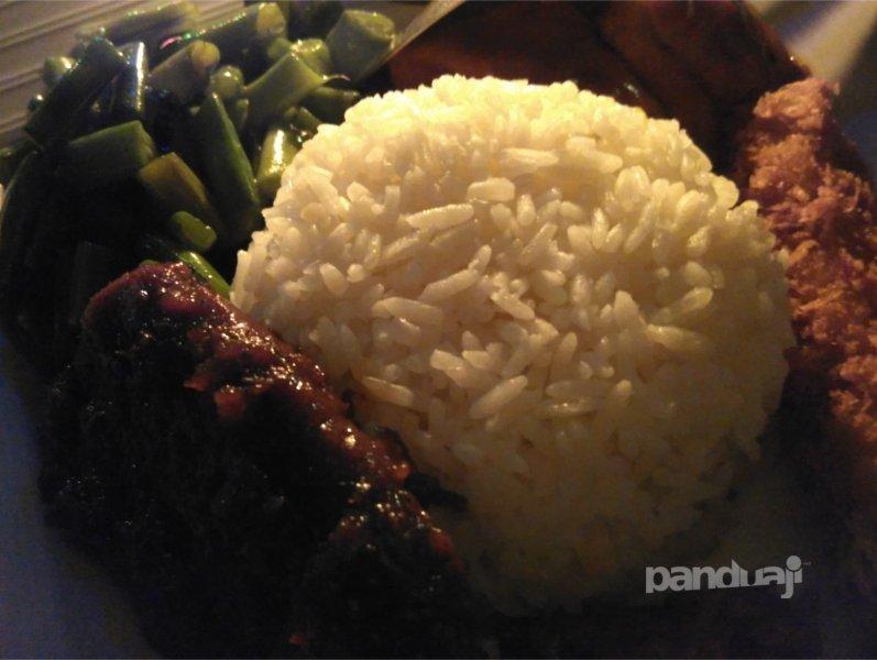 Kuliner Nasi Kalong di Bandung
