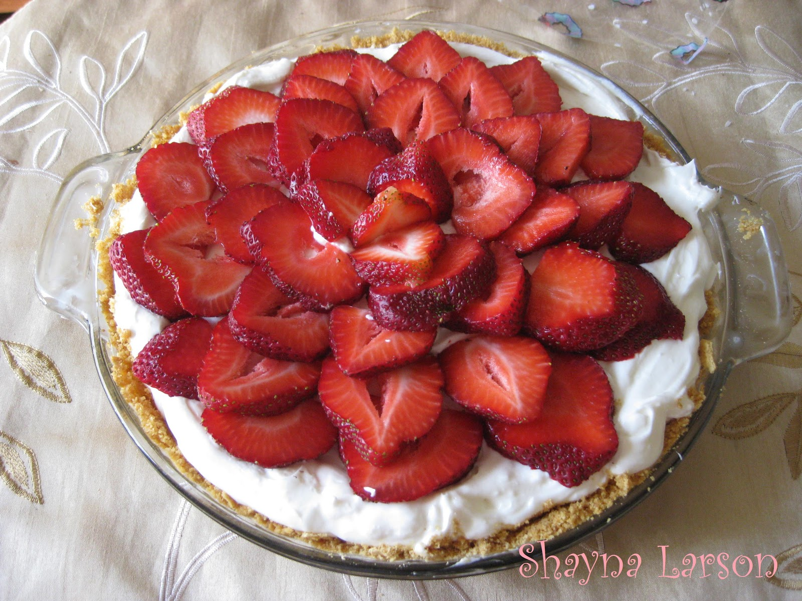 Heaven scent creations strawberry white chocolate pie for White chocolate and strawberry tart