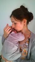 LLL allaitement nouveau-né bébé allaiter maternage portage
