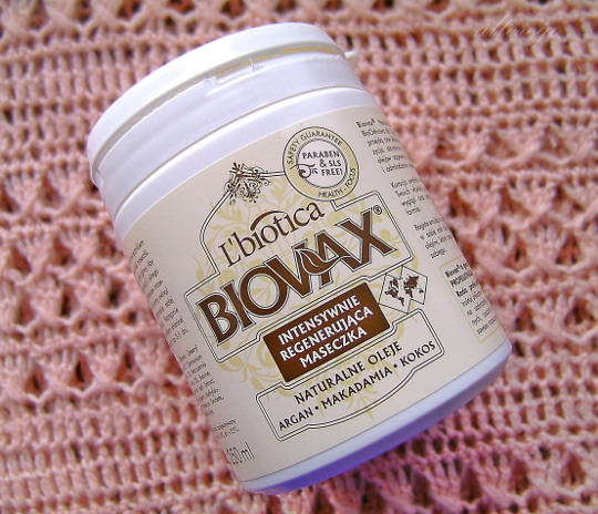 Mieszane uczucia czyli kilka słów o masce Biovax Naturalne oleje