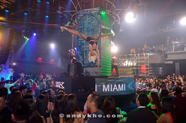 Acrobatic performances, a feast for the eyes @ Club Asahi Miami