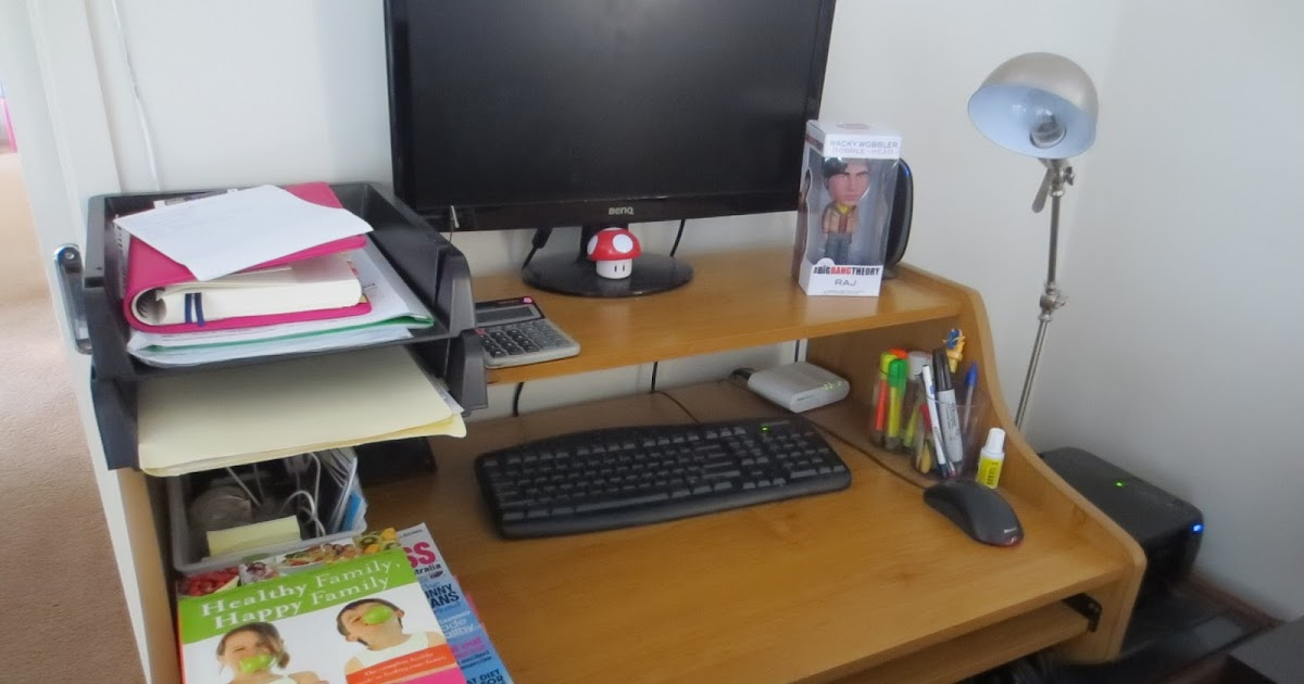 Skinny budget how to organize your office desk - How to organize an office desk ...