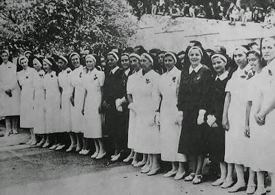 women-in-the-war-of-40-photo-06