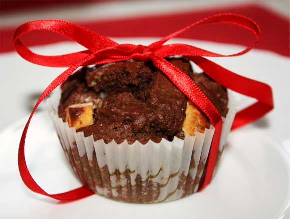 Elly's Art: Double Chocolate Cherry Muffins