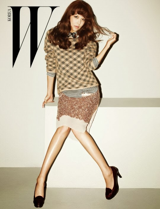 Sooyoung shows off her retro charms in 'W Korea'