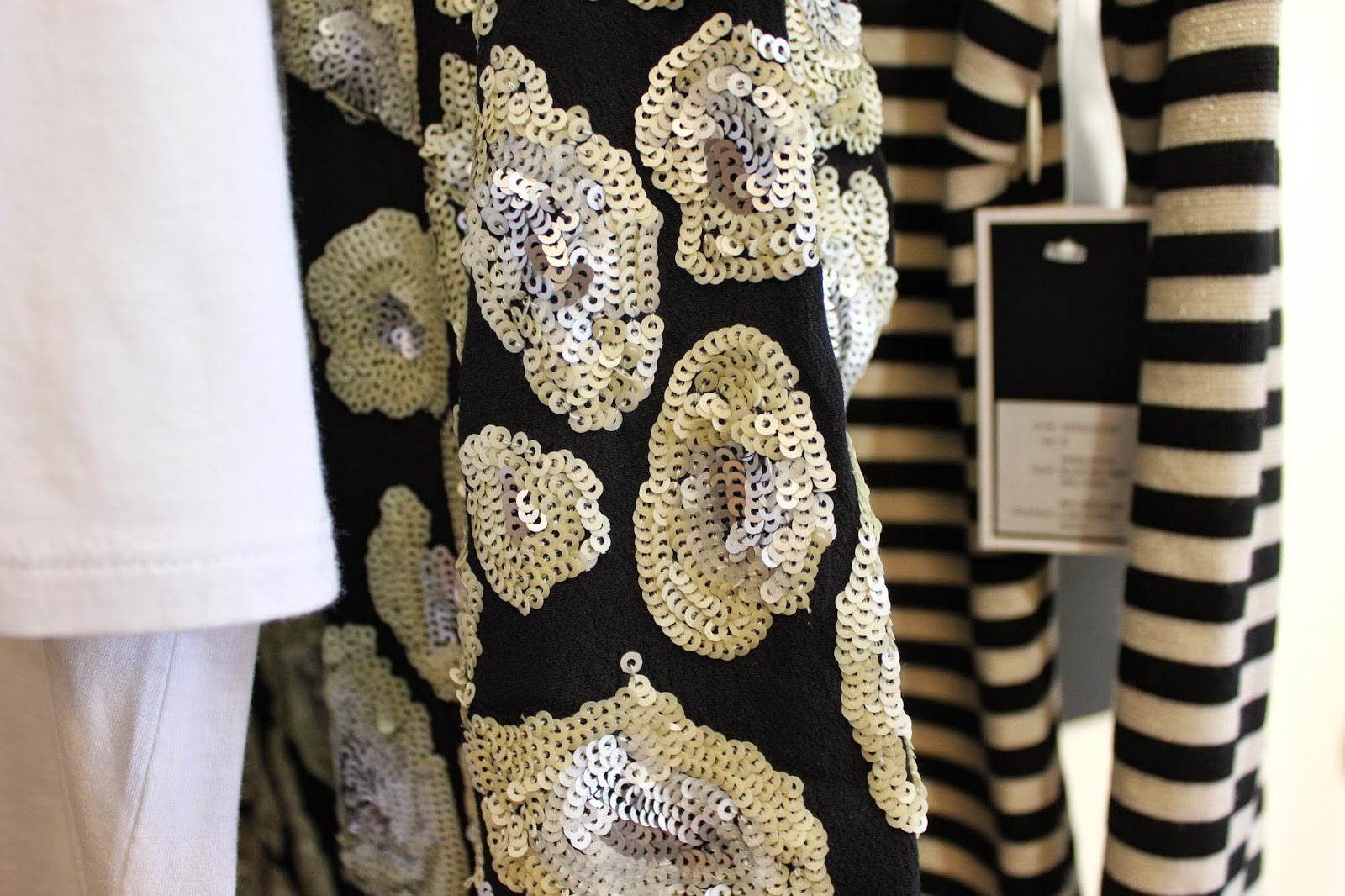 georgie-georgina-minter-brown-fashion-blogger-actress-juicy-couture-press-day-fall-2015-clothes-style-new-outfits-sequins