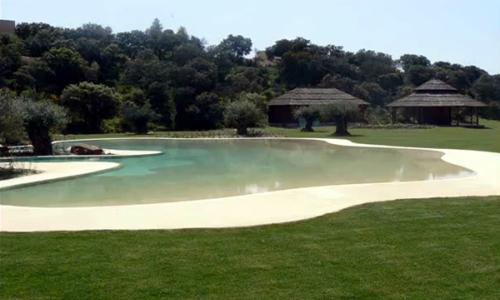 Arquitectura dise o piscinas de arena la playa en casa - Arena para piscinas ...