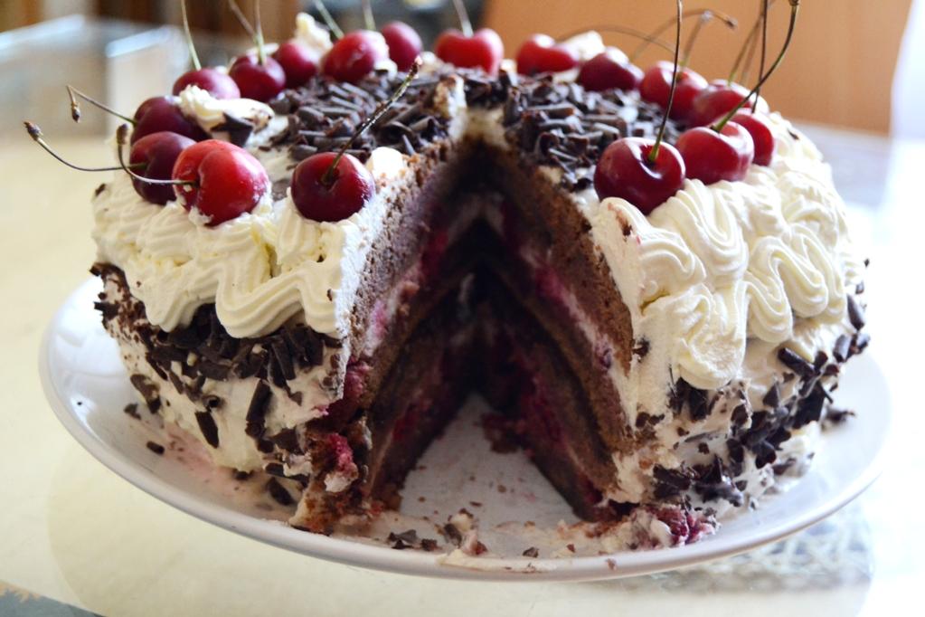 шварцвальдский торт черный лес с вишней