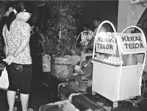 Kerak Telor Gang Pinggir Semarang