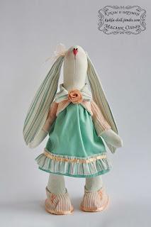 "<img src=""http://maslik-kukla.blogspot.com/2012/09/blog-post.html#more"" alt=""игрушка текстильный заяц″ />"