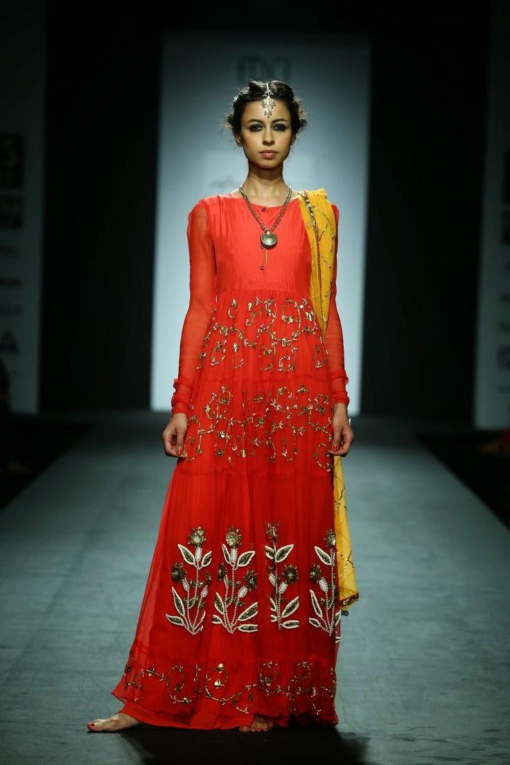 Anupama Dayal Show At Wills Lifestyle India Fashion Week 2014 Vega Fashion Mom