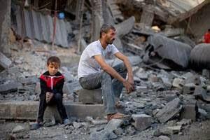 PUNTADAS CON HILO - Página 17 Gaza-articleLarge-v2