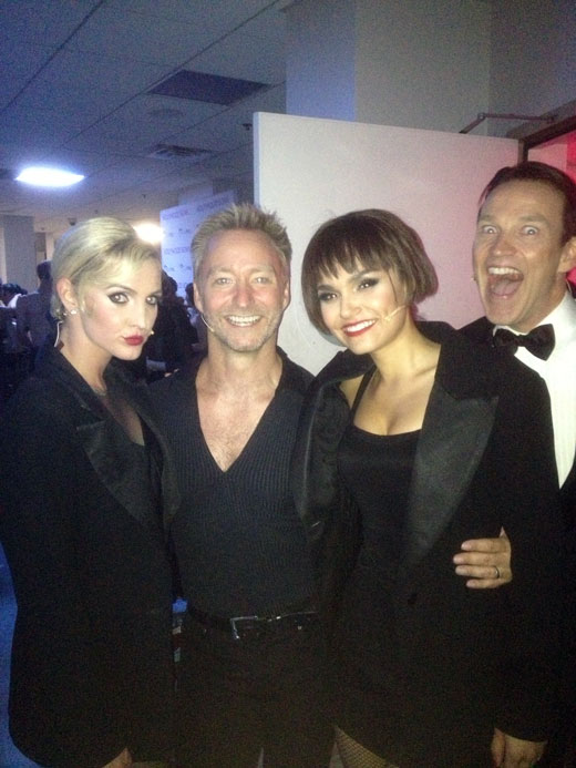 Ashlee Simpson, Samantha Barks, Randy Slovacek - with a photobombing Stephen Moyer